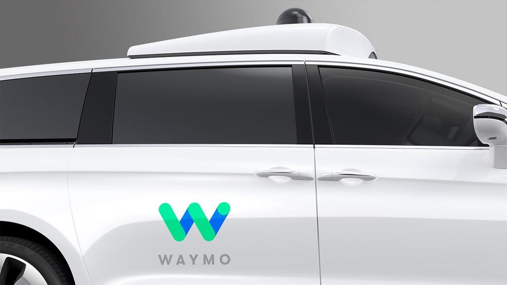 Waymo_FCA_Fully_Self-Driving_Chrysler_Pacifica_Hybrid_5k2hkf6qq90aottv5al72roo03h.jpg