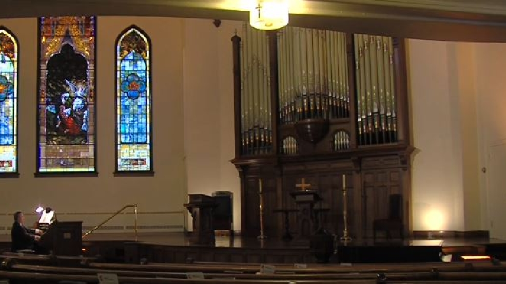 Historic church pipe organ finds new life in same old home for Classic house organ sound