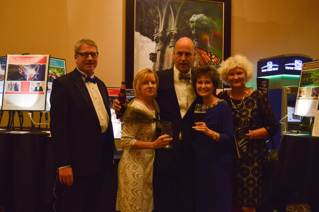 Paul Kelly, Mary & Chris Yingling, Lisa Cieslewicz, and Mary Ann Macadams / Image: Liliana Dillingham