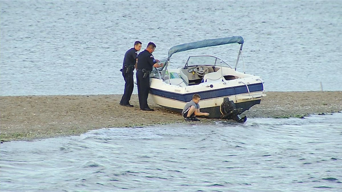 A man was arrested after he crashed his boat into a sandbar in Warwick on Friday, Aug. 11, 2017. (WJAR)