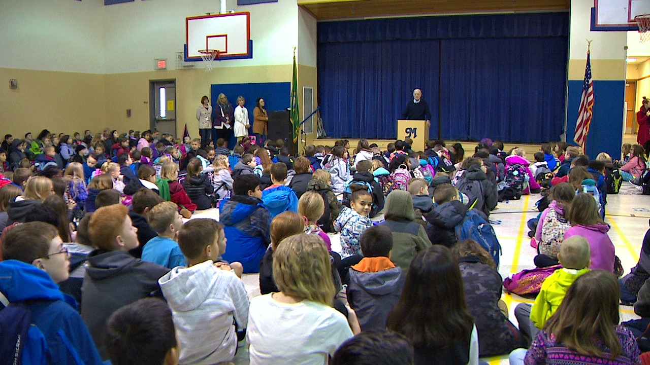Assembly at Meeker Elementary School. (Photo: KOMO News)<p></p>