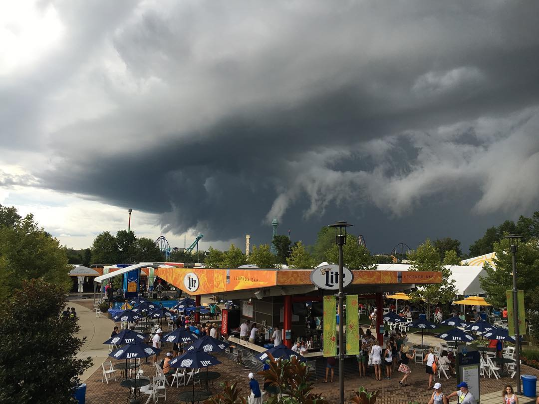 IMAGE: IG user @ellen_mcraneyphoto / POST: Crazy beautiful & yet scary clouds at #cincytennis Any meteorologists out there that know what these clouds mean?:)