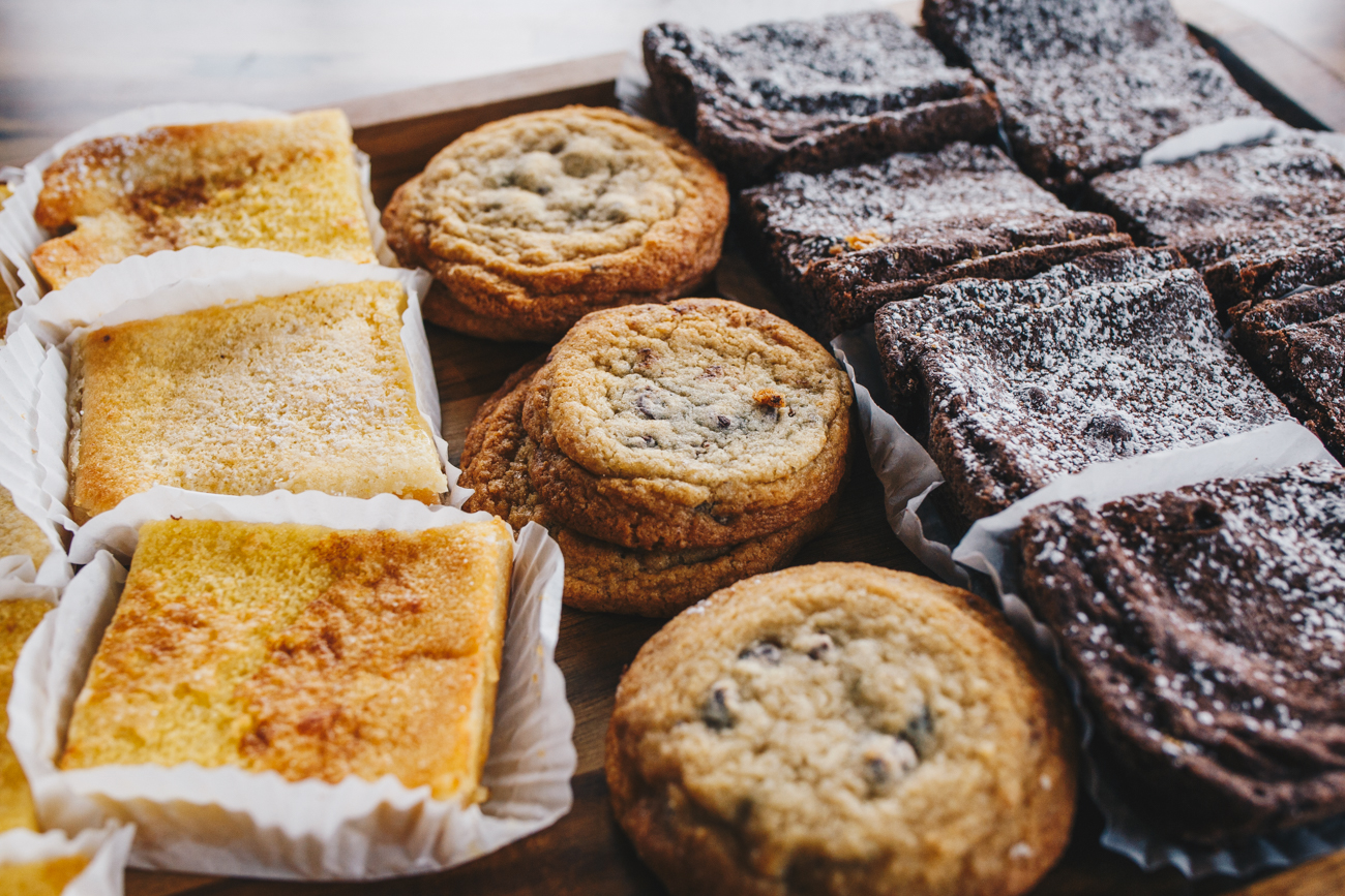 Lemon squares, chocolate chip cookies, and brownies / Image: Catherine Viox // Published: 11.15.18