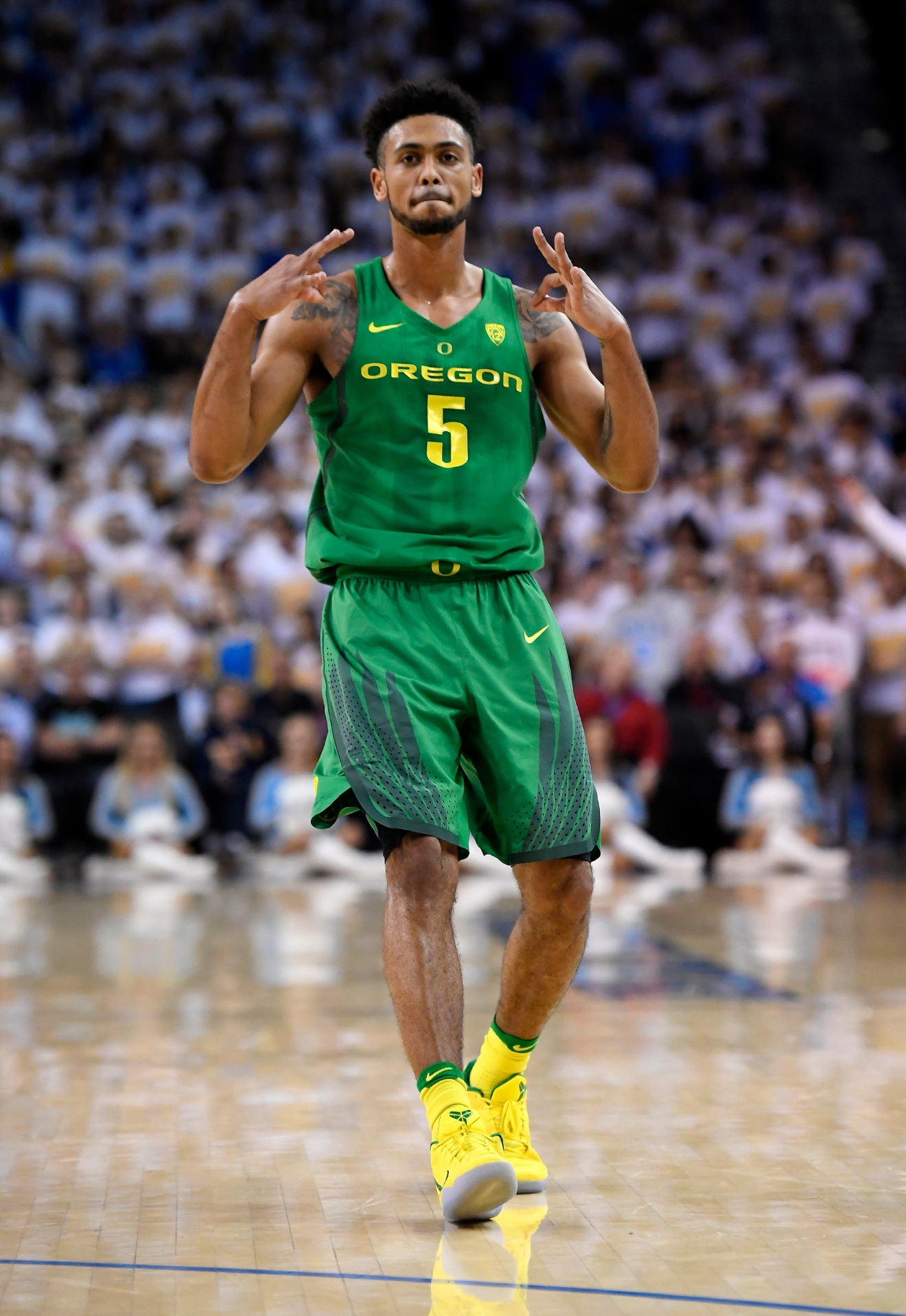 Oregon guard Tyler Dorsey gestures after scoring during the first half of an NCAA college basketball game against UCLA, Thursday, Feb. 9, 2017, in Los Angeles. (AP Photo/Mark J. Terrill)