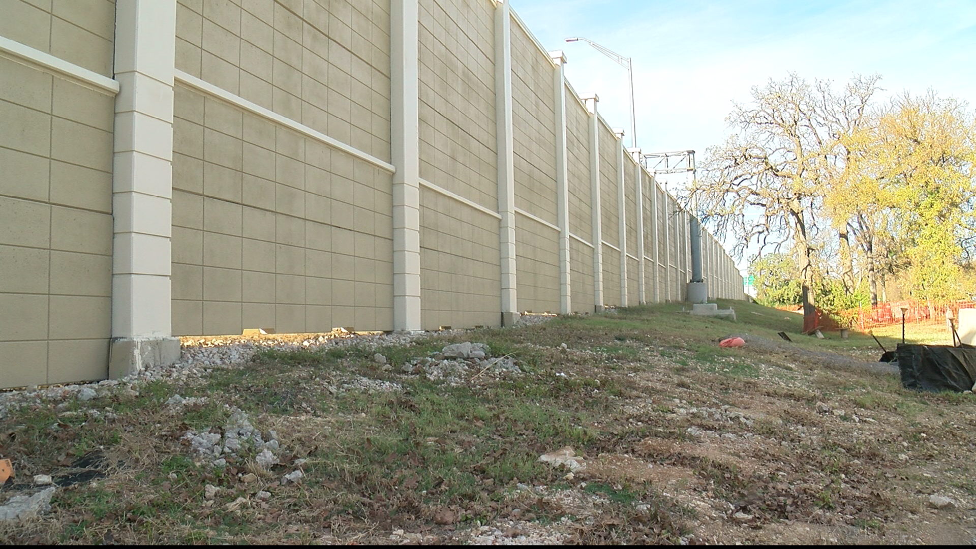 Monday the contractors for the MoPac Improvement Project will start taking down the sound wall they put up a year and a half ago. Small cracks in the concrete are requiring them to make repairs. The project will cause additional lane closures for a couple weeks -- possibly though Christmas. (CBS Austin)